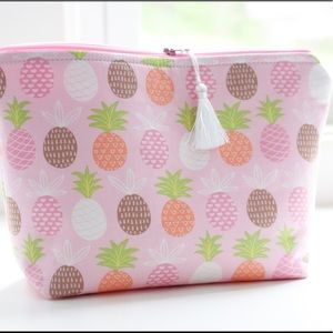 Pink pineapple cosmetic bag with tassel